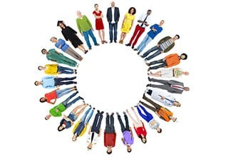 personnes en cercle